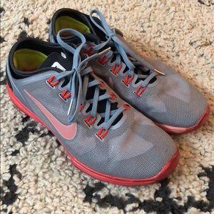 Nike Hyperworkout Sneakers